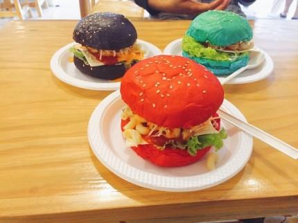roti burger warna warni